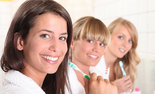Albía Clínica Dental - Odontología preventiva: higiene dental